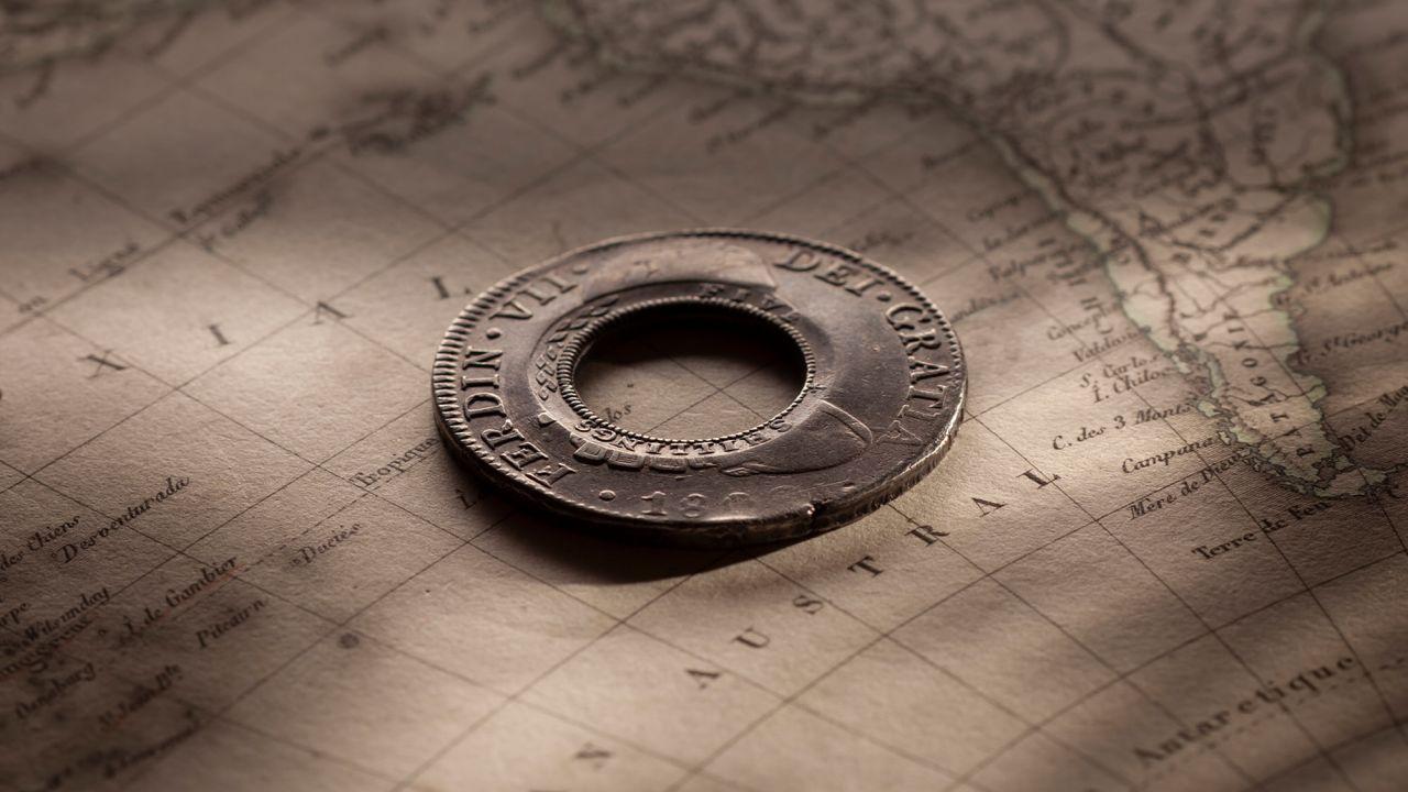 1813-Holey-Dollar-EF-Ferdinand-VI-1809-Mexico-REV-40760-July-2021